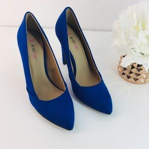 """NAVY BLUE JUST FAB SUEDE PUMPS SIZE 7 1/2"""""""